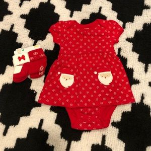 🎄NWT! Red Santa onesie dress with matching socks